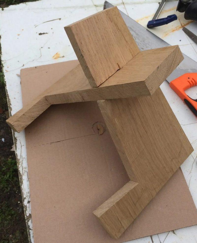 assembling diy stand