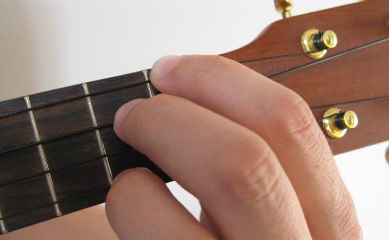 how to play e7 on ukulele